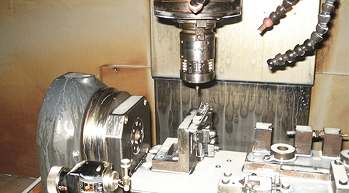 Associated Tools case study - The OMP60 and OTS optical tool setting probe on a machine tool at Associated Tooling