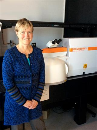 Dr Anna Swan of Boston University with her Renishaw inVia Raman microscope